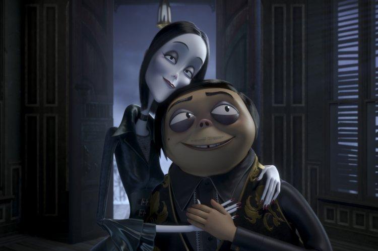 《阿達一族》分別由莎莉賽隆、奧斯卡伊薩克配音的夫妻。